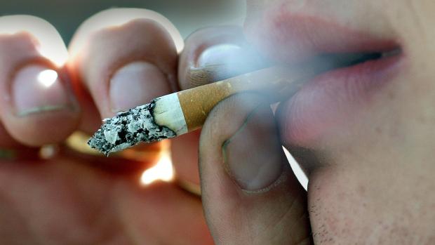 BRITAIN NIRELAND SMOKING_101494