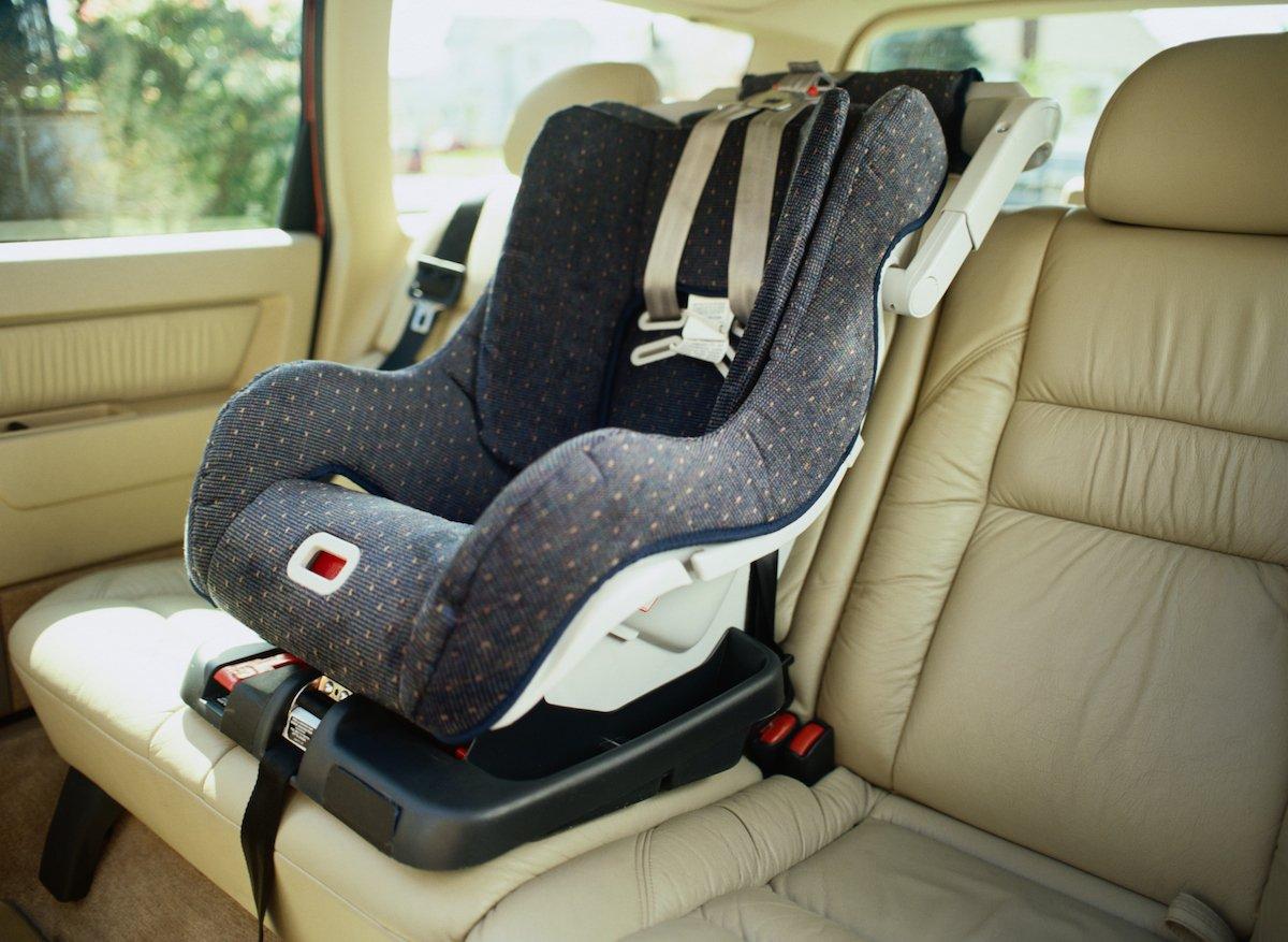 car seat kids in car children in car hot car_120288