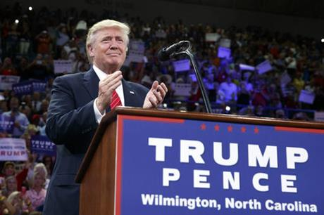 trump-UNC-wilmington_AP-evan-vucci_284166