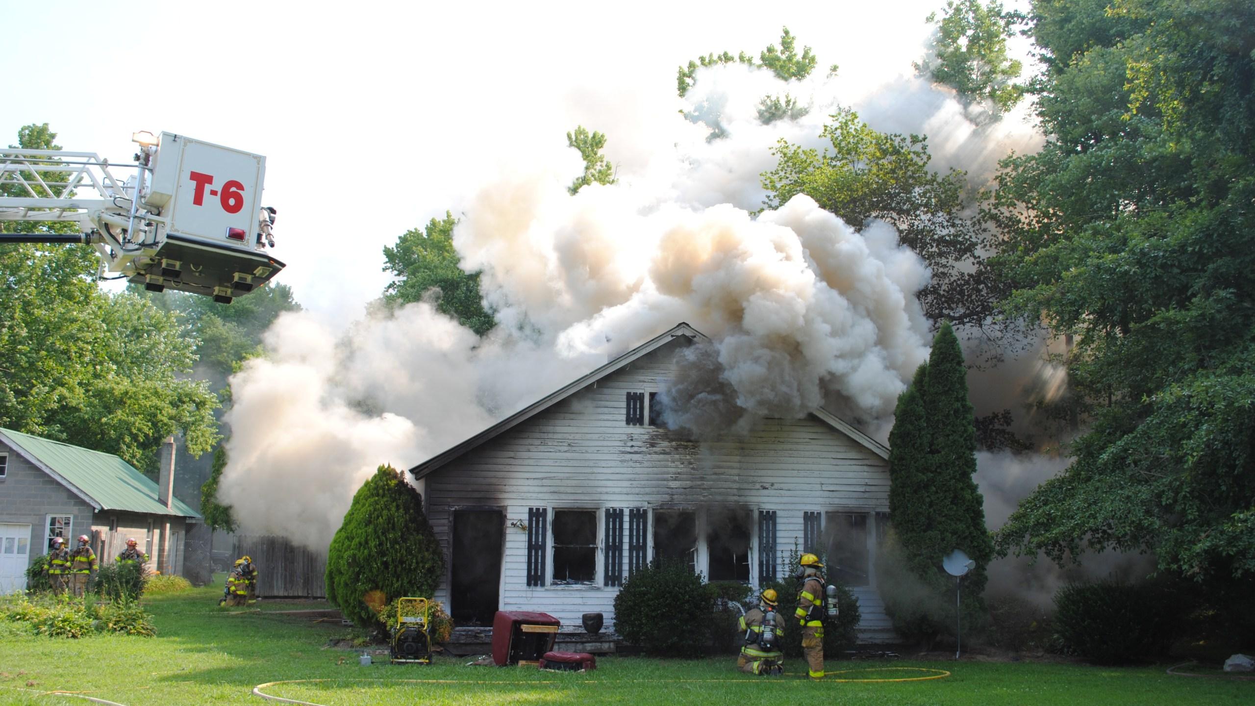 house fire 3_446274