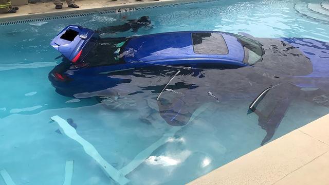car in pool_1522257218949.jpg.jpg