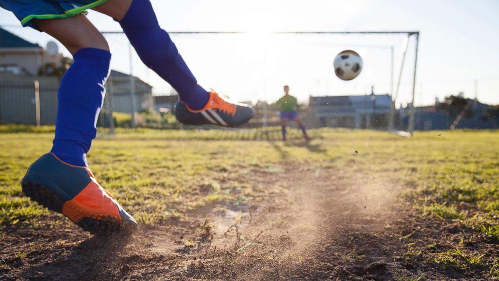 GTY_soccer_concussions_cf_160912_16x9_992_1524500116799.jpg
