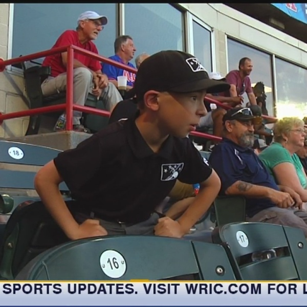 Mini-umpire steals the show in Flying Squirrels' loss to Trenton