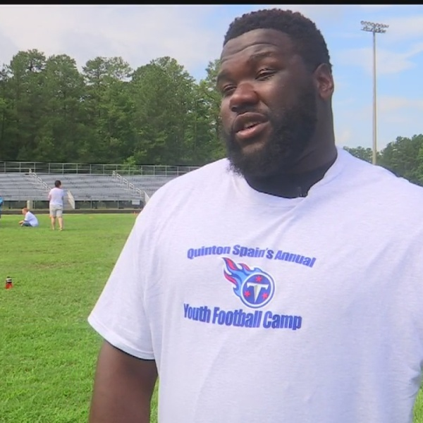 Titan's Quinton Spain hosts camp in Petersburg