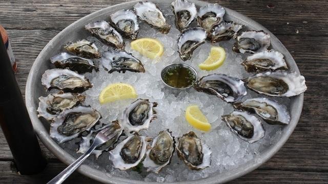 oystersssssssss_1531935585261.jpg