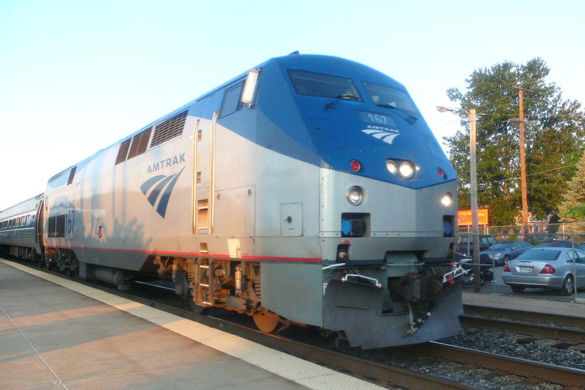 Amtrak_1536681929209-873772057.jpg