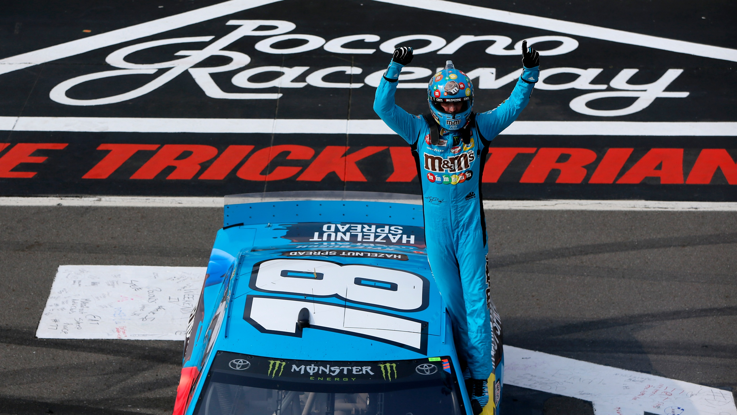 Kyle Busch takes Pocono for 4th Cup win