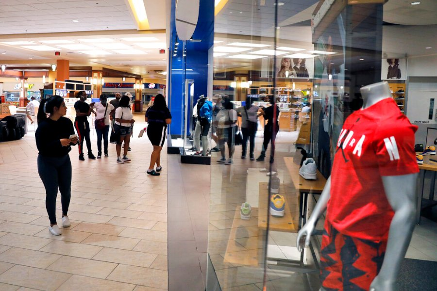 VIRGINIA REOPENS - Patrick Henry Mall in Newport News