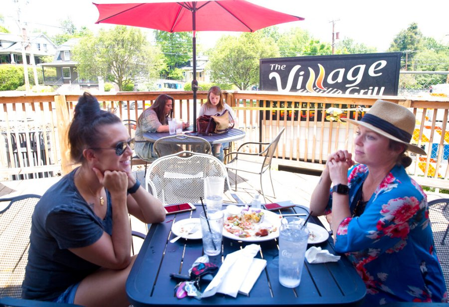 VIRGINIA REOPENS - The Village Grill in Roanoke