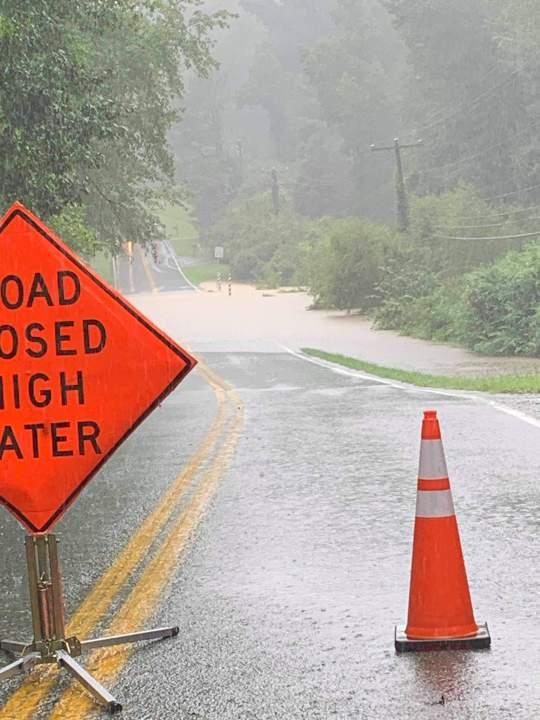 Flooding on N. Pinetta Drive in Midlothian