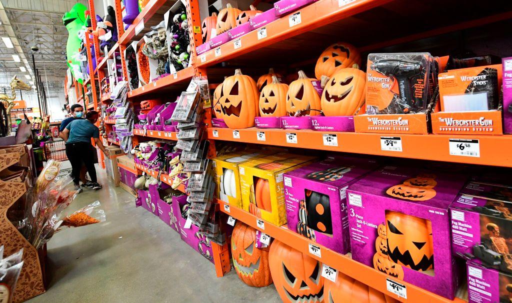Recent s In Richmond Va Week Of Halloween 2020 Group issues Halloween 2020 guidelines, color coded coronavirus