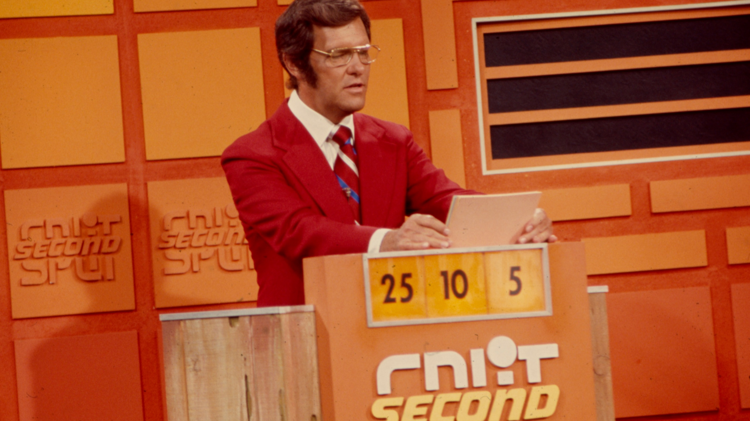 Name That Tune Game Show Host Passes Away 8news
