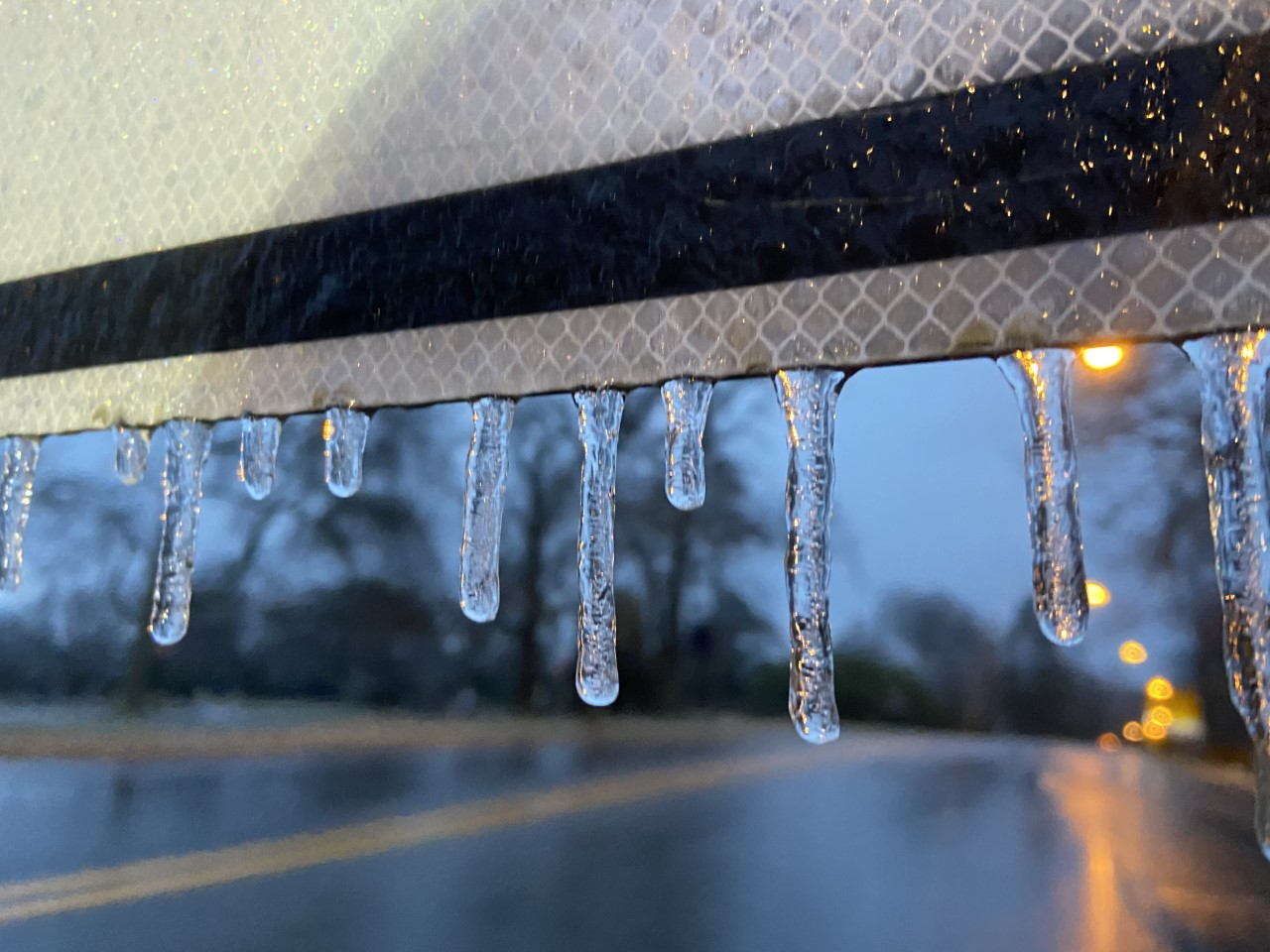 freezing rain forms 1