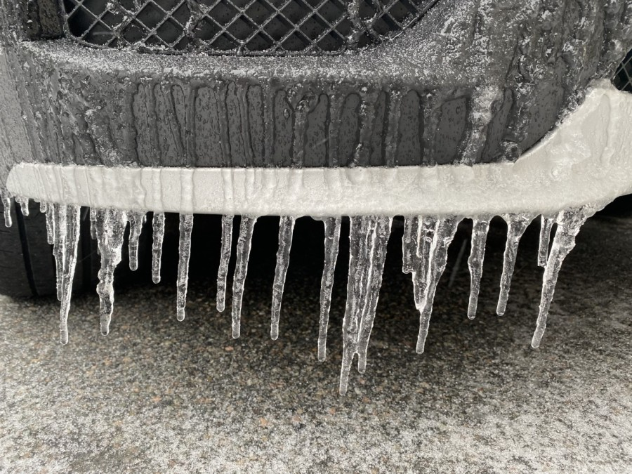 Icicles have consumed the front of this car. (Photo from 8News' Olivia Jaquith)
