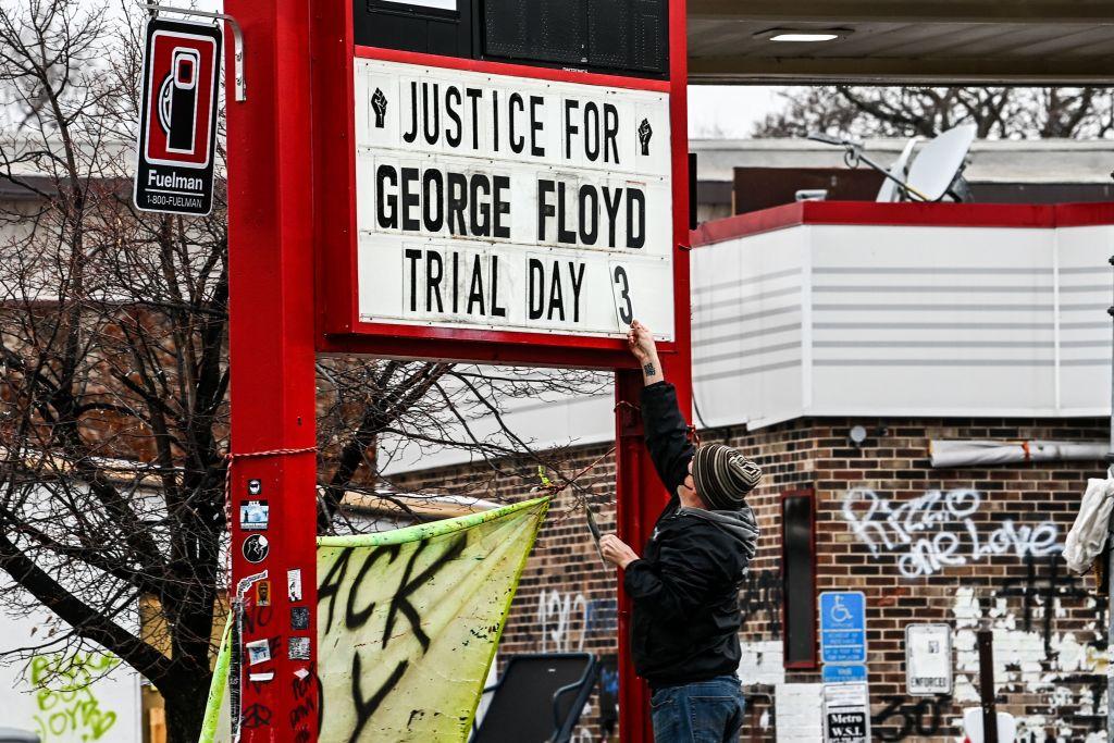 Judge reinstates 3rd-degree murder charge for Derek Chauvin over Floyd's death