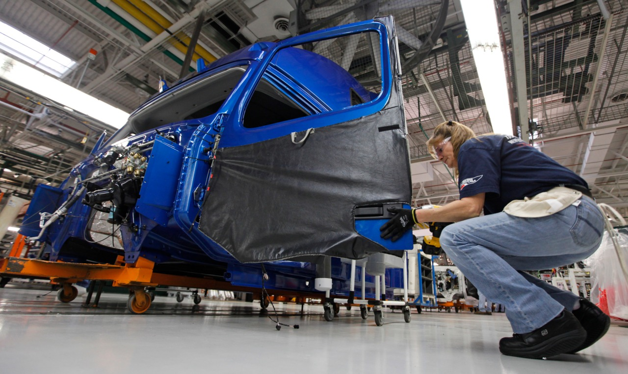 Auto workers at Volvo truck plant in Virginia go on strike