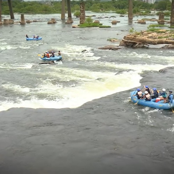 Whitewater rafting on the James