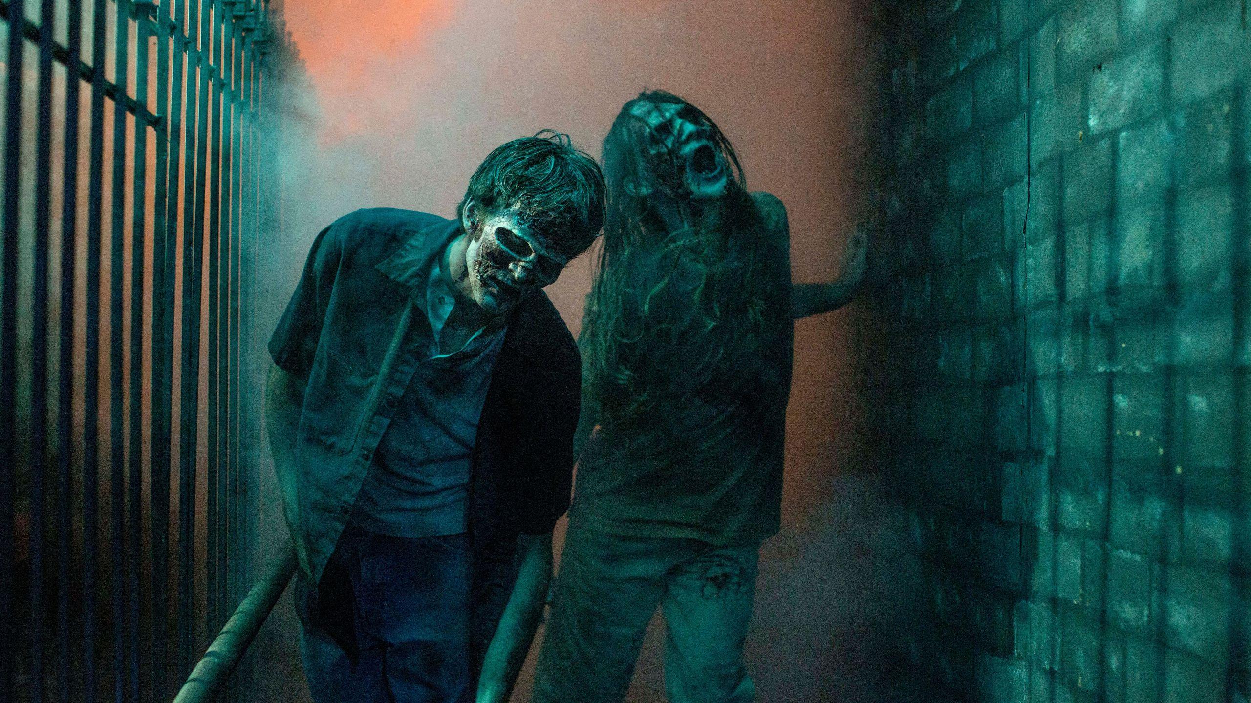 Kings Dominion halloween haunt zombies
